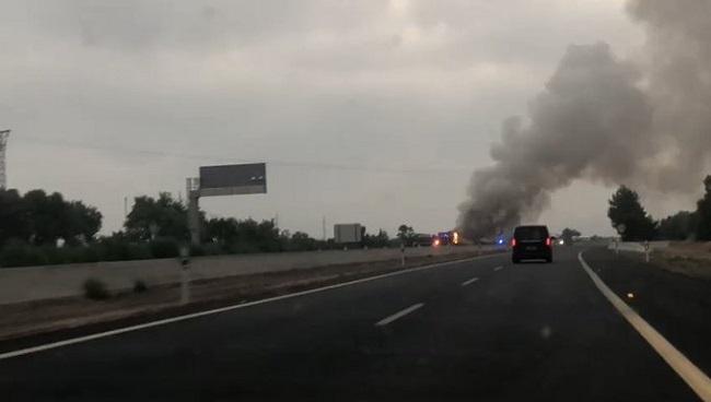 Incendio de un autobús en la autopista de Inca