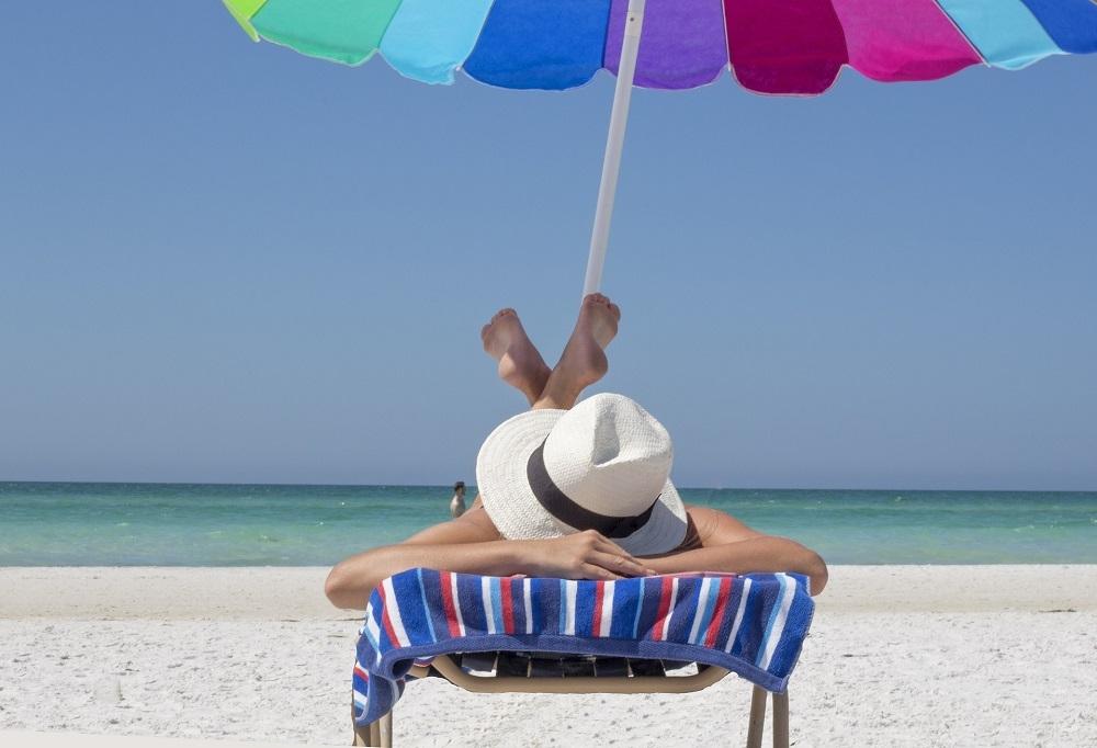 Los principales enemigos de la piel en verano y consejos para combatir sus efectos