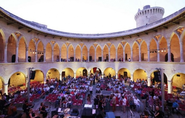 https://www.noticiasmallorca.es/imatges/fotosweb/2019/07/19/5465bellver-sinfonica.JPG