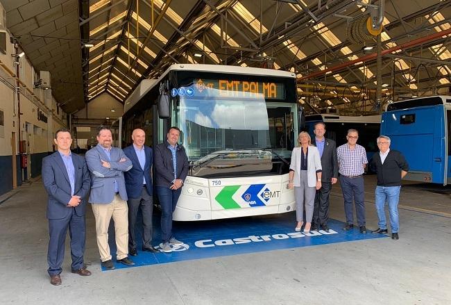 El área de Mobilitat visita las instalaciones dónde se construirán los nuevos buses articulados de la EMT