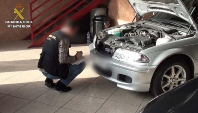 La Guardia Civil desarticula una organización dedicada a la venta de vehículos adquiridos de forma ilegal en países de la Unión Europea