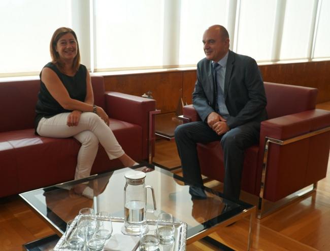 Primera reunión institucional entre la presidenta del Govern y el presidente del Consell Insular d'Eivissa