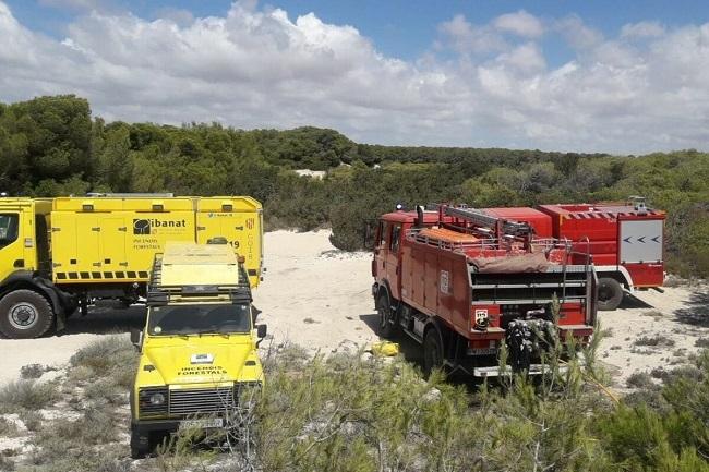 Los Bombers de Mallorca participaron en la extinción del incendio de Ses Covetes