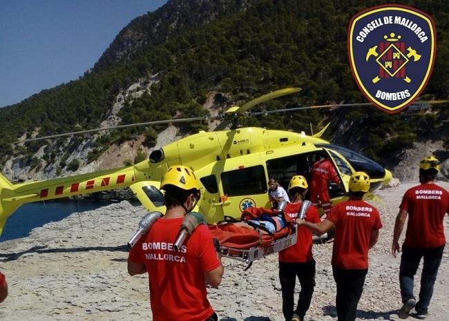 Bomberos de Mallorca realizaron ayer dos rescates con helicóptero