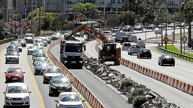 https://www.noticiasmallorca.es/imatges/fotosweb/2019/08/21/6863carretera-obras.jpg