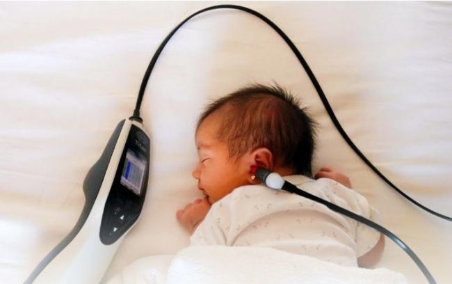 El cribado auditivo llega al 98 % de neonatos de las baleares