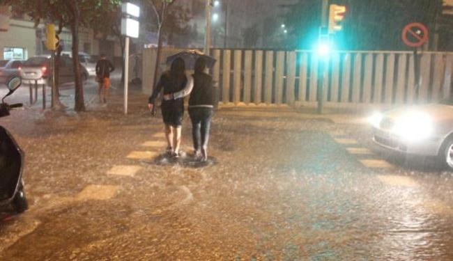 Aviso naranja en Baleares por tormentas y lluvias intensas este martes