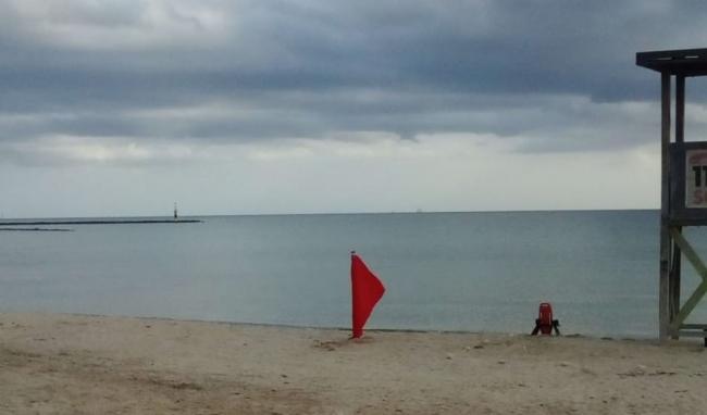 Las playas de can Pere Antoni, Cala Major y Ciudad Jardí se cerraron por vertidos de aguas mixtas
