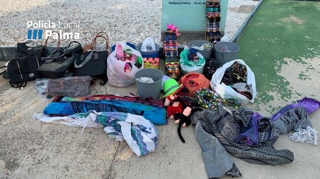 Operativo contra la venta ambulante en Playa de Palma