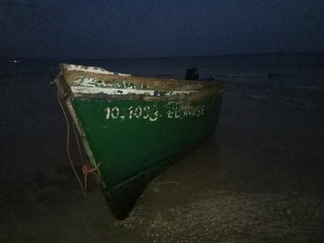 61 migrantes detenidos en dos días en cuatro pateras