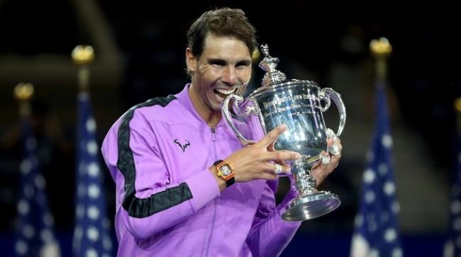 Rafa Nadal supera a Medvedev y suma su decimonoveno 'Grand Slam'