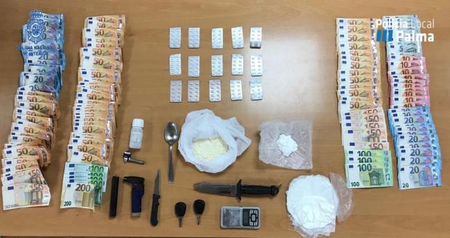La Policía Nacional detiene a dos hombres y una mujer por delito de tráfico de sustancia estupefaciente en Palma