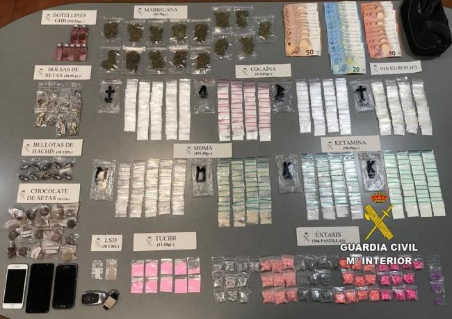 La Guardia Civil detiene a un 'taxista pirata' por tráfico de drogas en Sant Antoni