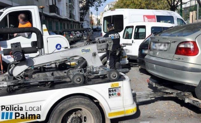 El área de Seguridad Ciudadana impulsa el proceso de vaciado de vehículos del depósito de Son Toells