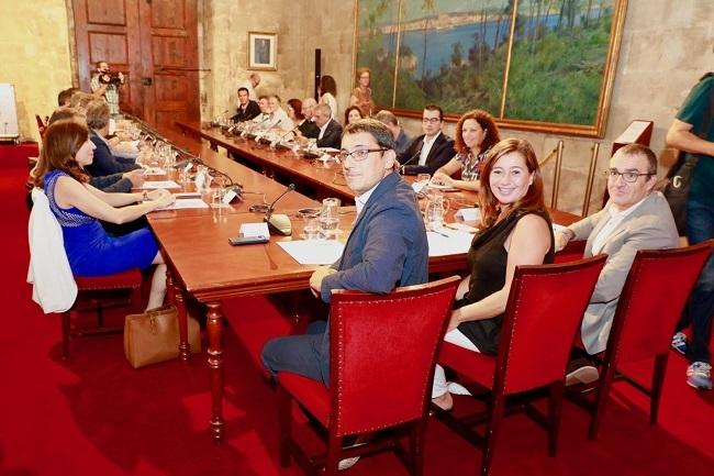https://www.noticiasmallorca.es/imatges/fotosweb/2019/10/04/8168govern.jpg
