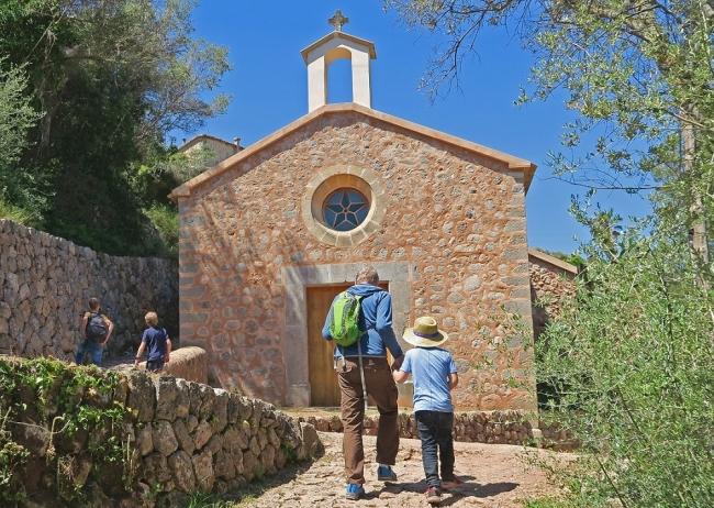 El Consell organiza una visita guiada gratuita por los caminos de piedra seca en Sóller