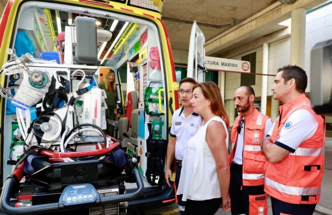 La Conselleria de Salud y Consumo pone en marcha la primera UVI móvil pediátrica de las Illes Balears