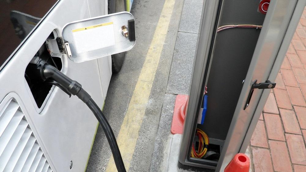 El Govern aprueba 1,2 millones de euros para las estaciones de recarga de autobuses eléctricos de las nuevas concesiones