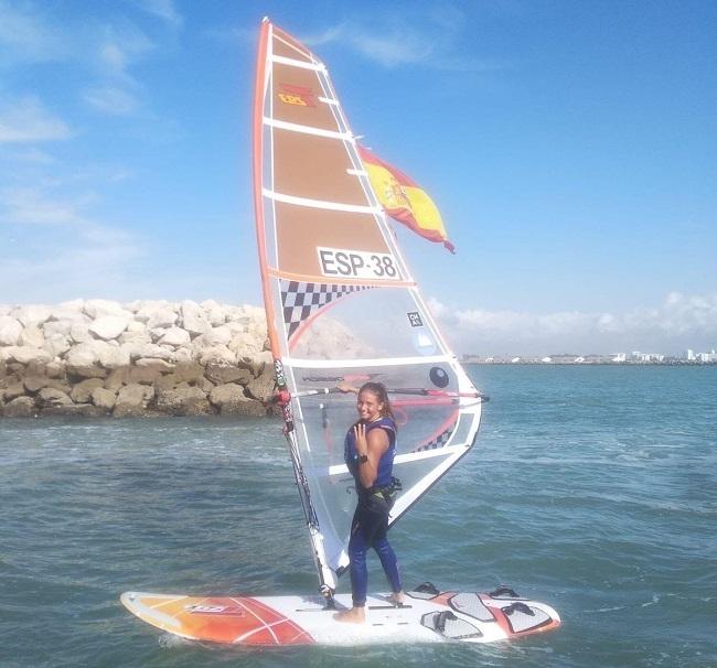 Naiara Fernández, regatista del Club Nàutic s'Arenal, tercera del mundo de Techno 293