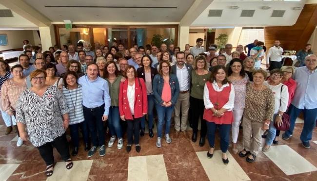 Reyes Maroto pide en Menorca el 'voto útil para el PSOE, porque frente al bloqueo nosotros proponemos seguir avanzando'