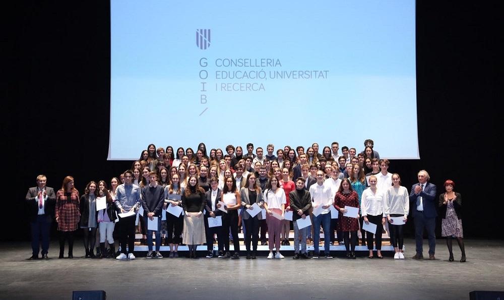 Premios al Esfuerzo y al Rendimiento Académico Excelente del curso 2018/19 a 475 alumnos de Mallorca