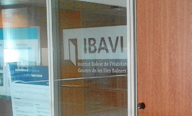 El Govern exonera del alquiler a 113 familias que viven a los pisos del IBAVI