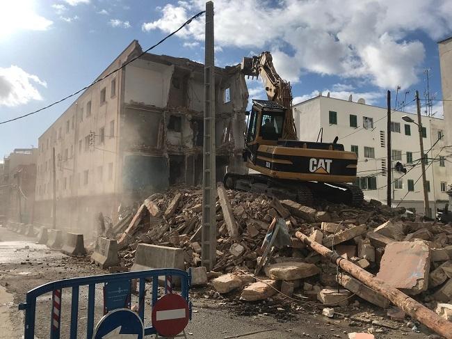 Ayuntamiento de Palma derriba el bloque VIII de Corea, en el Camp Redó de Palma