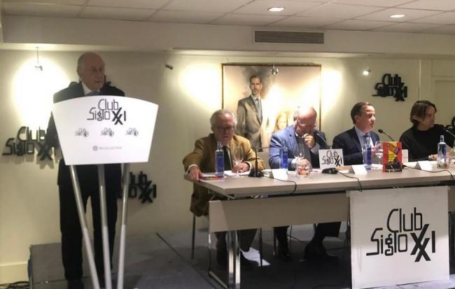 Mateo Cañellas presenta su libro 'En Baleares no hablamos catalán'