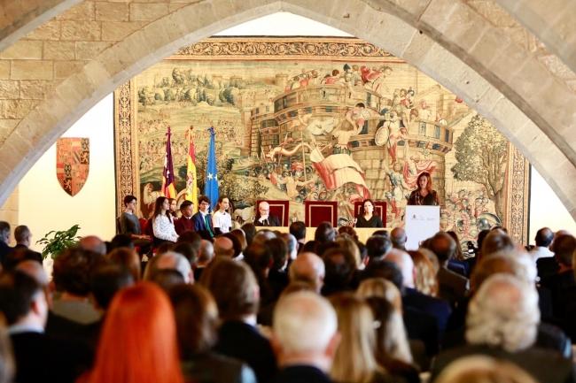 """Armengol: """"Las respuestas a nuestras tensiones territoriales están en la Constitución"""""""