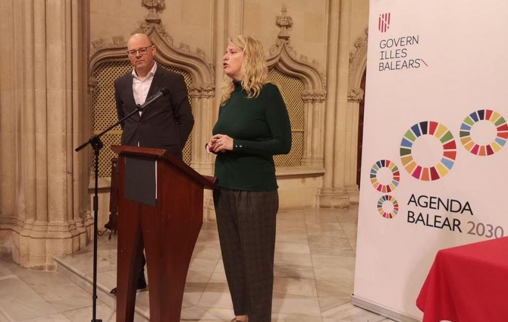 Antoni Riera imparte una conferencia sobre la valoración económica de los servicios medioambientales