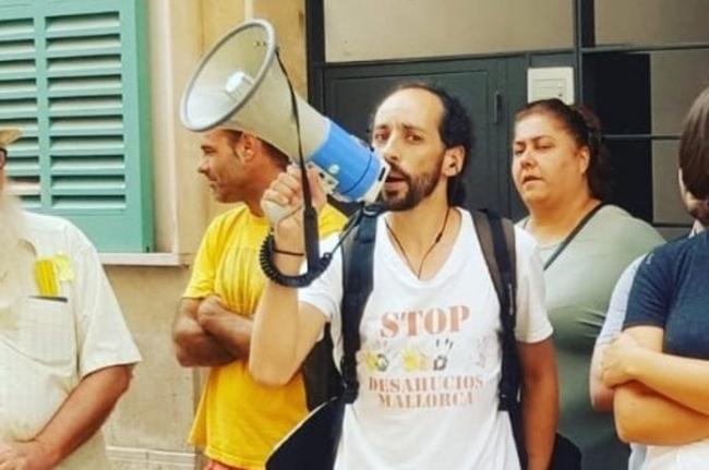 El portavoz de Stop Desahucios detenido en una protesta contra un desahucio