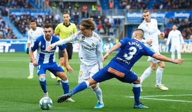 El próximo partido de fútbol:   Barcelona – Alaves