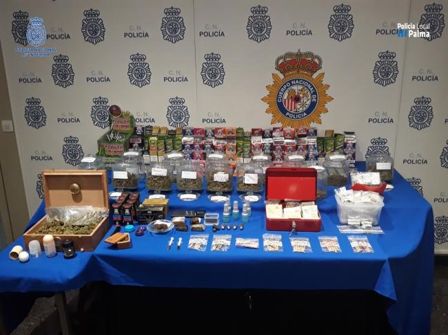 La Policía Nacional y la Policía Local de Palma detienen a cuatro personas por un delito contra la salud pública