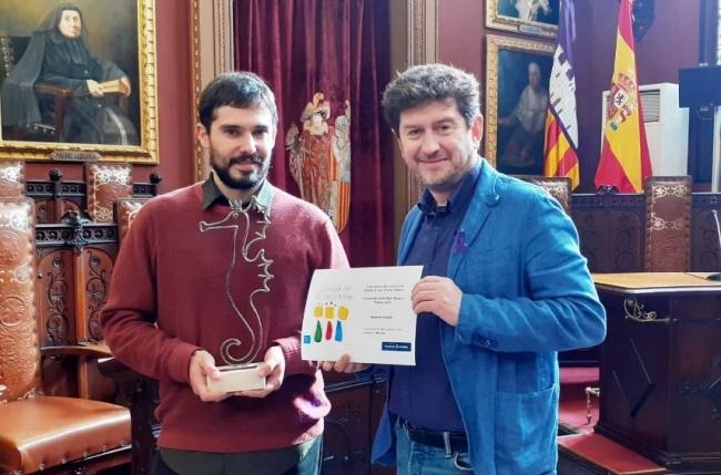 Entrega del Premio 'Antoni Socies Cladera' por el diseño del cartel de la cabalgata de Reyes 2020