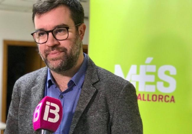 Noguera: 'El Aeropuerto no puede ser una máquina de crear ingresos que se van Madrid sin retorno'