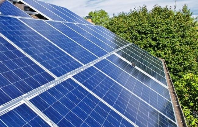 Vicepresidencia pide al Estado que sea más ambicioso en la implantación del autoconsum energético en las Illes Balears