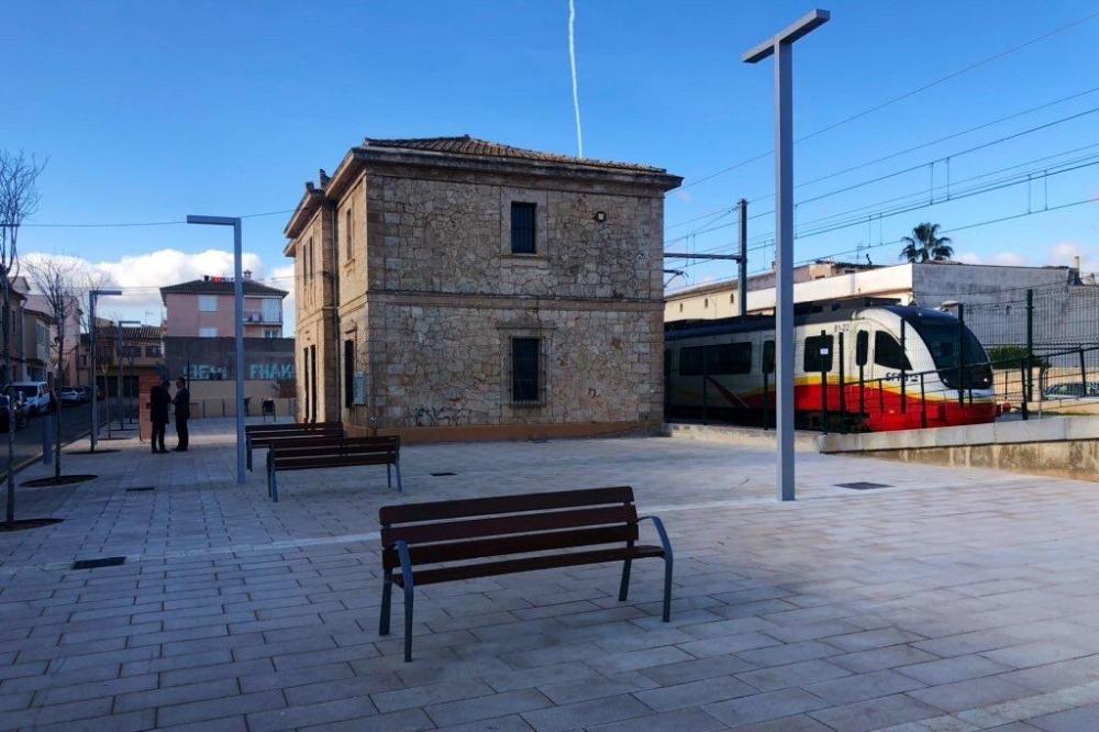 100 nuevas plazas de parking en la estación de Santa María para facilitar el transbordo al tren