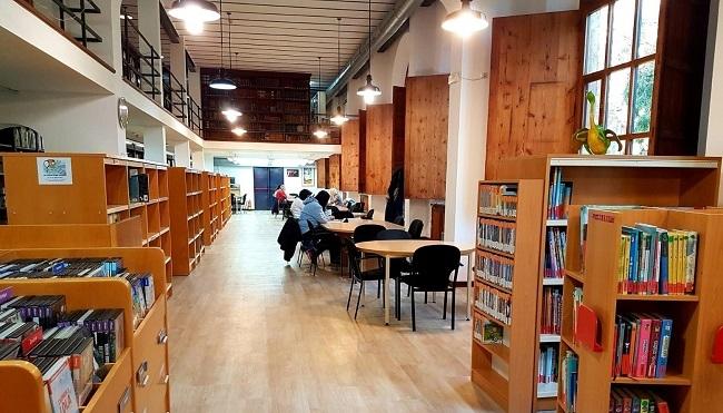 La Biblioteca de Cultura Artesana reabre con instalaciones mejoradas y horario ampliado
