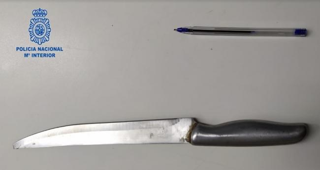 La Policía Nacional detiene a un hombre por amenazar con un cuchillo al propietario de un establecimiento comercial