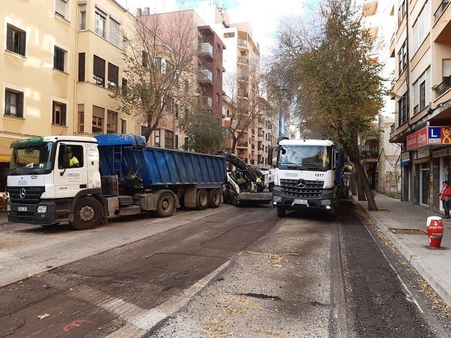 Arranca la renovación de las aceras de la calle Pare Pare Bartomeu Pou