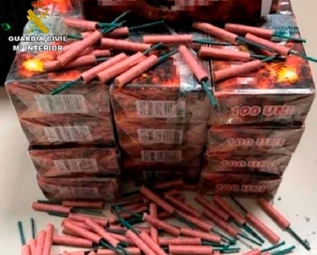 La Guardia Civil ha intervenido más de 500.000 artificios pirotécnicos durante la campaña de Navidad