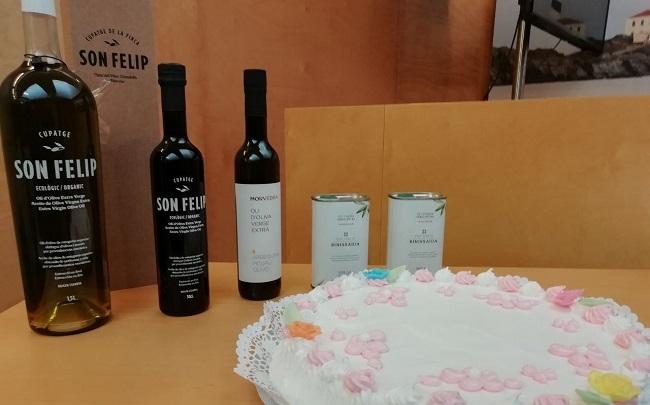 El aceite de Menorca y la tortada de almendra, incluidos en el Catálogo de alimentos tradicionales de las Islas Baleares