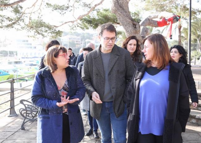Francina Armengol visita la zona afectada por el temporal en Portocristo, Sa Coma y S'illot