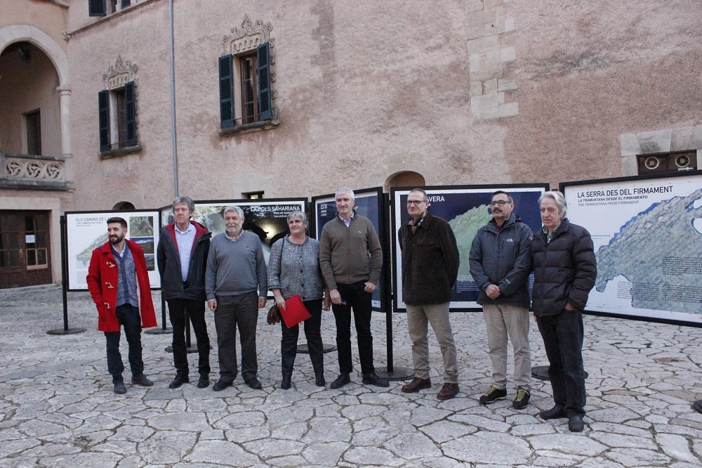 Llega a Andratx la muestra 'La Serra de Tramuntana des del firmament'