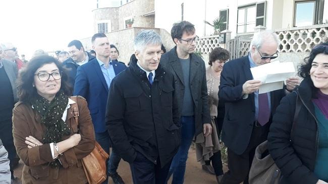 El ministro Grande-Marlaska visita Mallorca para comprobar los daños del temporal