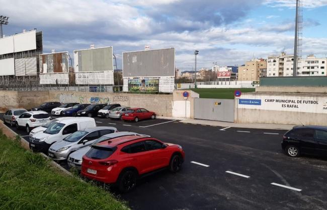 El Ayuntamiento de Palma crea un nuevo aparcamiento al lado del campo de fútbol del Rafal