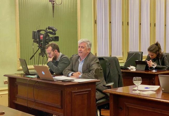 El Parlament aprueba la propuesta socialista que reconoce y apoya la labor y la profesionalidad de los docentes de Baleares