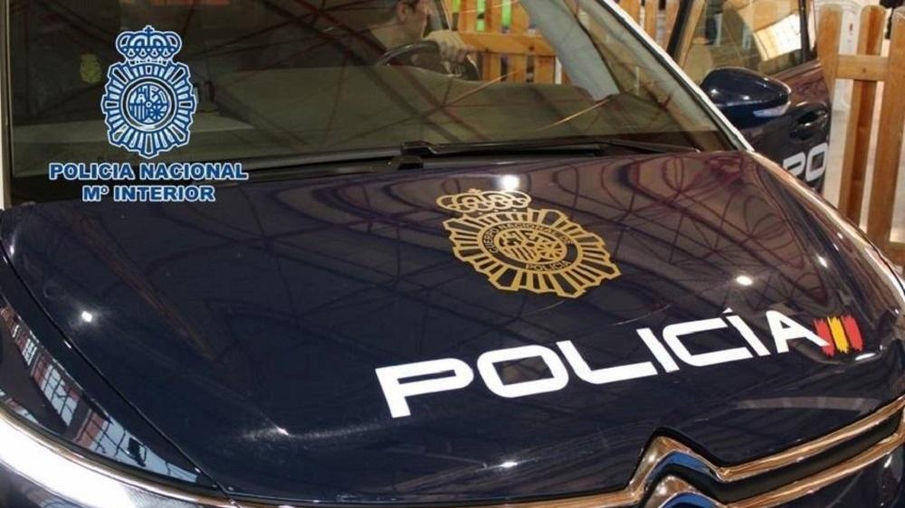La Policía Nacional ha detenido a una mujer por allanamiento de morada y hurto