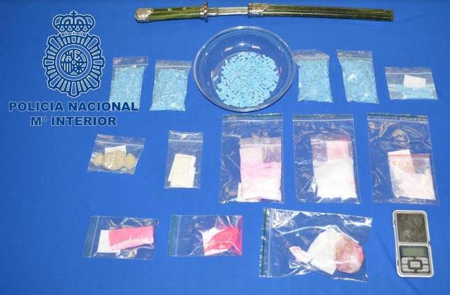 Un detenido al que se le intervino 903 pastillas de éxtasis y 32 gramos de cristal-MDMA