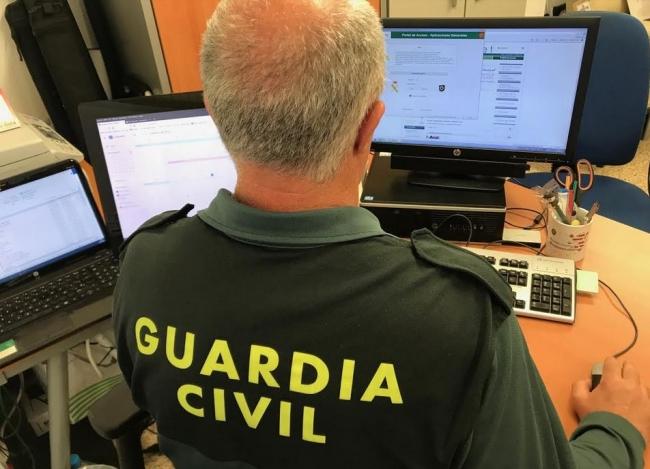 La Guardia Civil investiga la estafa en la venta de billetes de avión a ciudadanos senegalese